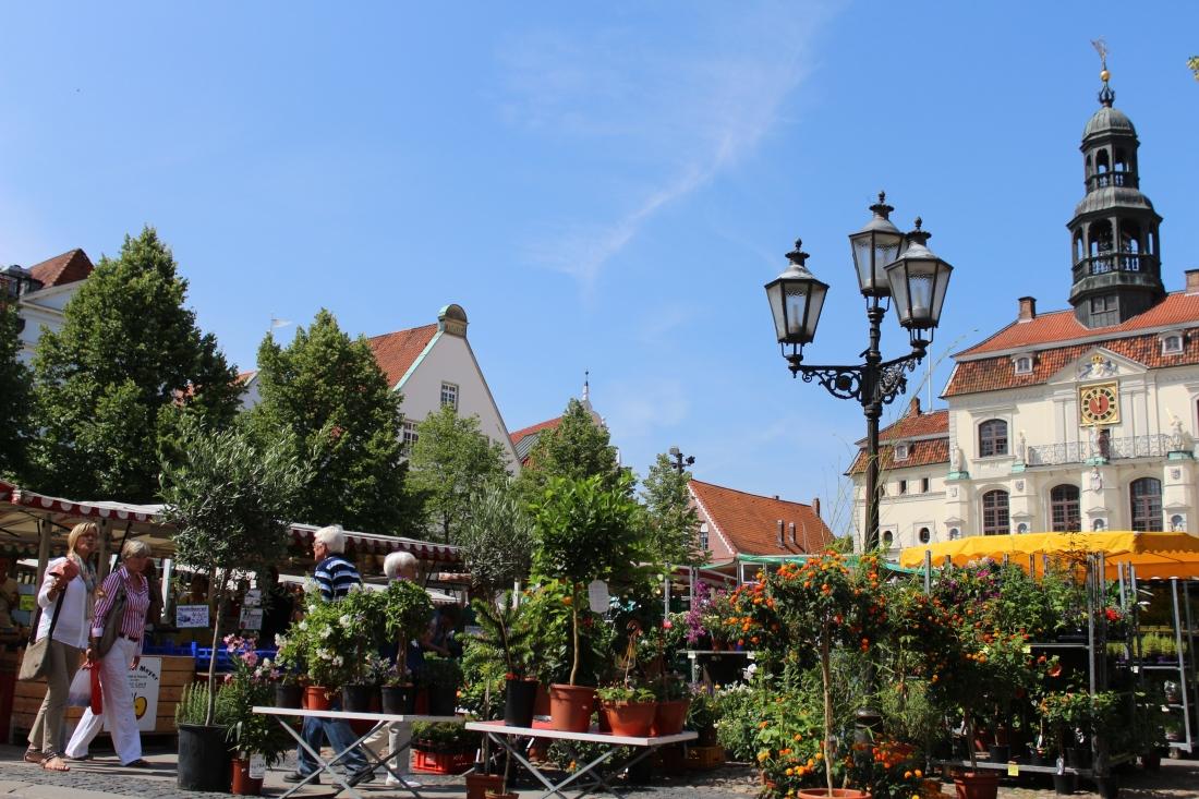 Bunte_Vielfalt_Lueneburger_Wochenmarkt