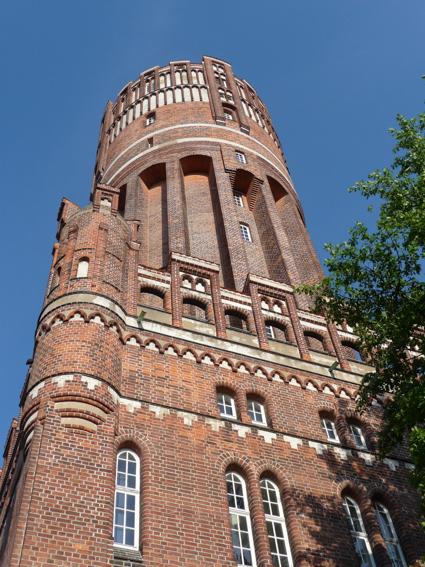 Wasserturm Hochformat